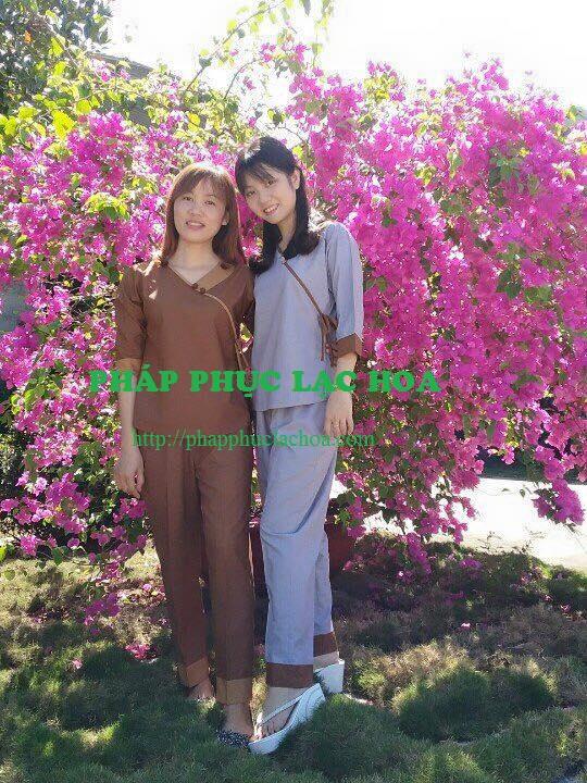 ☘ Cổ tim 2 nút phối sữa vải Đài Loan. Mã sp: 360. Có 3 màu (Lam, sữa, đồng)